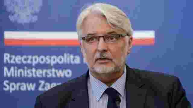 Польща погрожує заборонити в'їзд до країни українцям з «антипольськими поглядами»