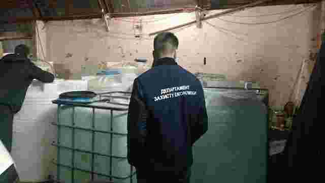 У Києві правоохоронці вилучили понад 26 тонн контрафактного алкоголю
