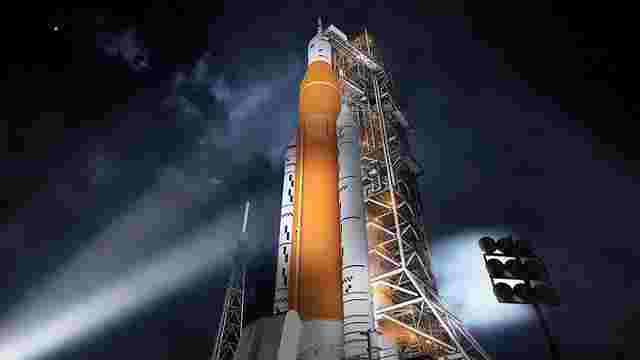 NASA готує першу безпілотну місію на орбіту Місяця