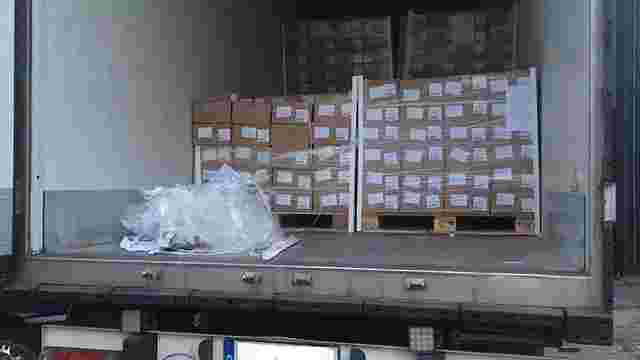 Українець намагався незаконно ввезти зі Швеції 2 тонни замороженої печінки