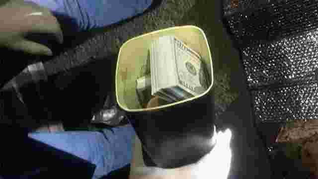 Затриманий на хабарі у $40 тис. митник отримав надто м'яке покарання через помилку прокуратури