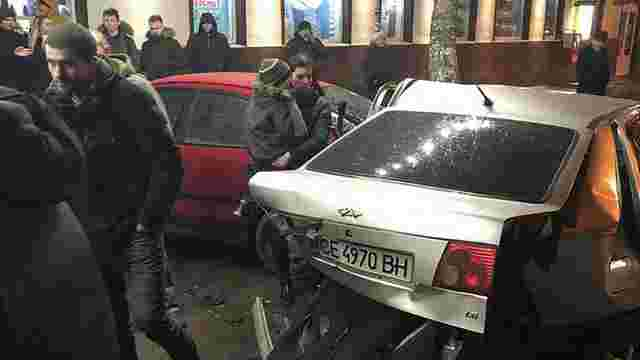 У Чернівцях п'яний водій мало не вбив трьох дітей у масштабній ДТП