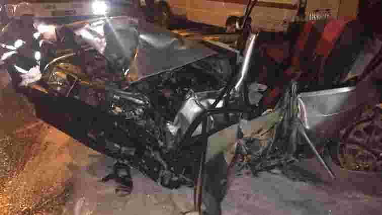 Внаслідок зіткнення п'яти автомобілів у Львові постраждали четверо людей