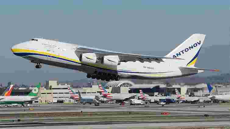 Український Ан-124 «Руслан» доставив деталі ракети для SpaceX до Флориди