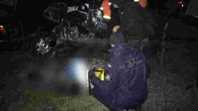 Поблизу Рівного в автокатастрофі загинули двоє людей