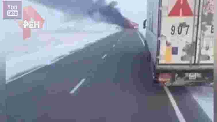 У Казахстані внаслідок пожежі в автобусі загинули 52 людини