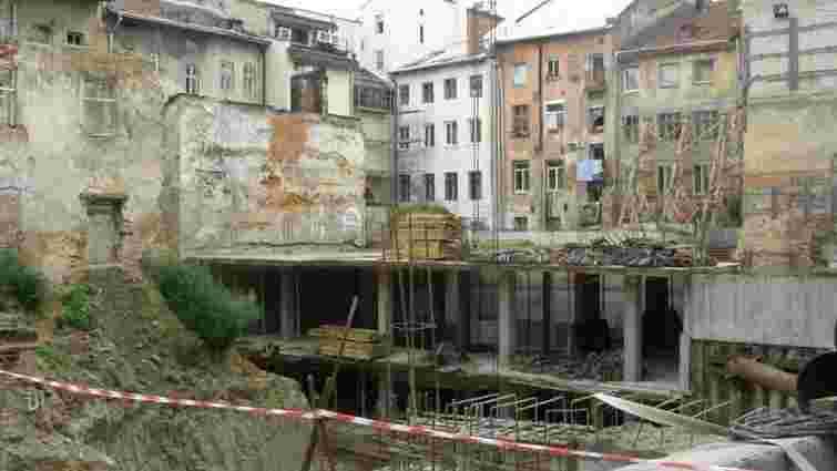 Львівська міськрада добудує запланований до Євро-2012 готель у центрі міста