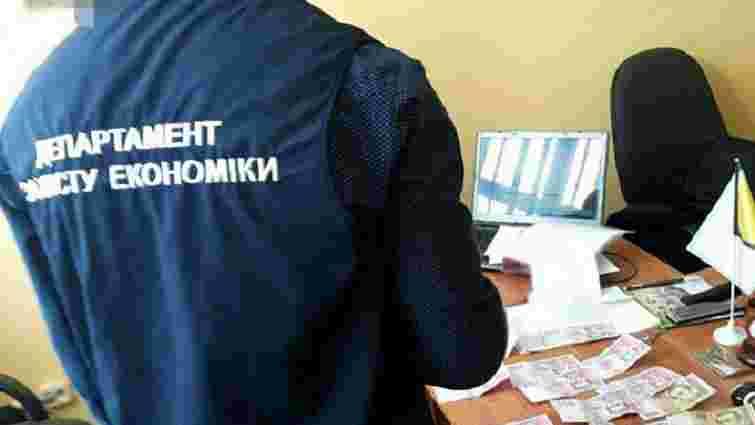 Завкафедри Львівського аграрного університету затримали за отримання хабарів на ₴100 тис.