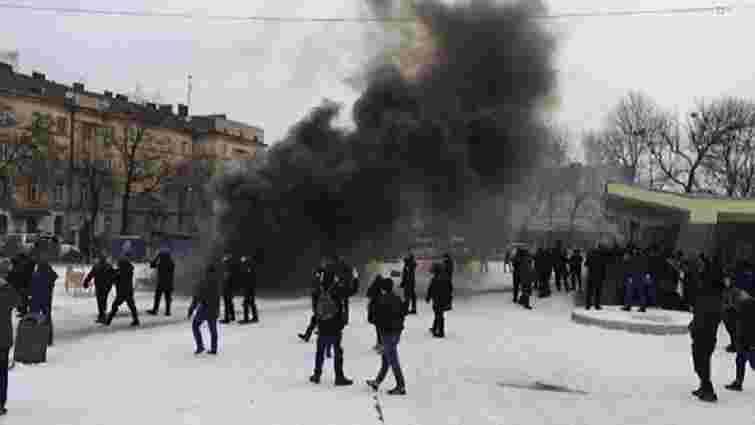 Вісьмох учасників сутичок під львівським цирком покарають за хуліганство
