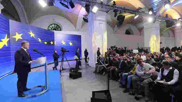 Україна готова прийняти кораблі з Криму лише разом із Кримом, - Порошенко