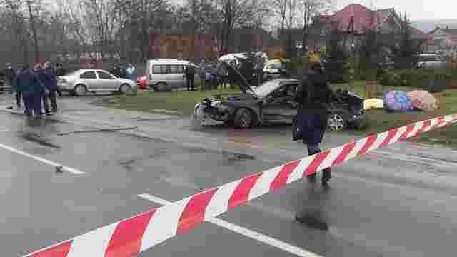 Поблизу Чернівців у автомобільній аварії загинули четверо жінок