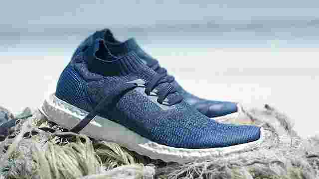 Adidas продала 1 млн пар взуття, виготовлених зі сміття, яке виловили в океані