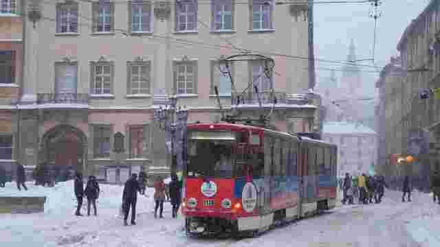У середу на площі Ринок тимчасово не курсуватимуть трамваї