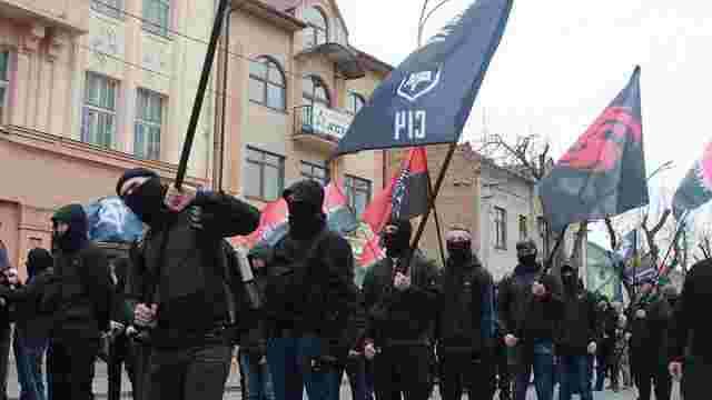 Геннадій Москаль заборонив учасникам масових акцій на Закарпатті носити балаклави та маски