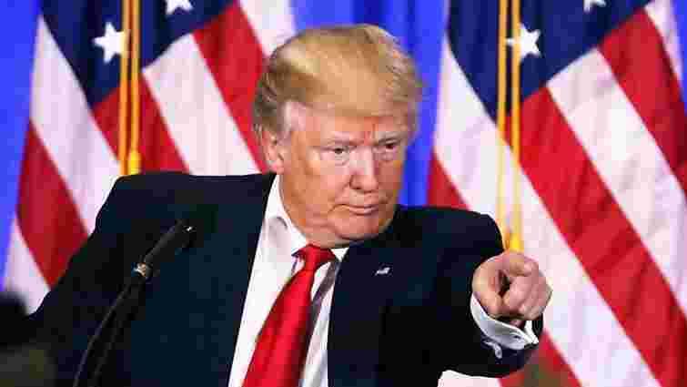 Трамп наказав вислати із США 60 росіян і закрити російське консульство в Сіетлі