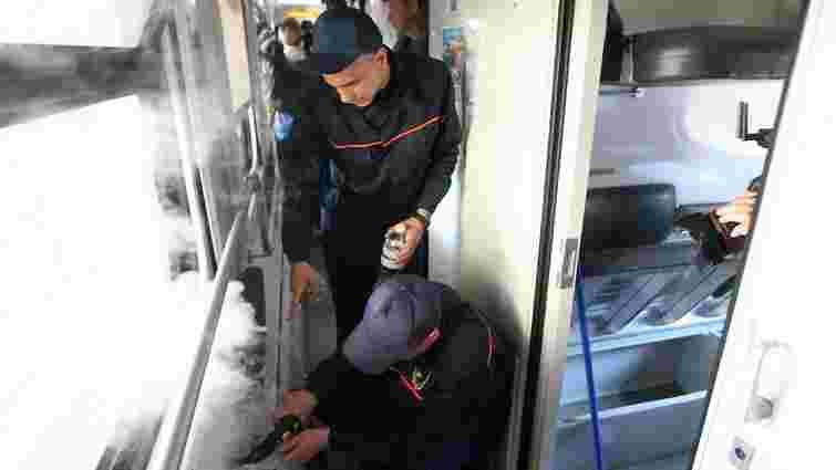 «Укрзалізниця» до кінця року запровадить нову технологію прибирання у всіх поїздах