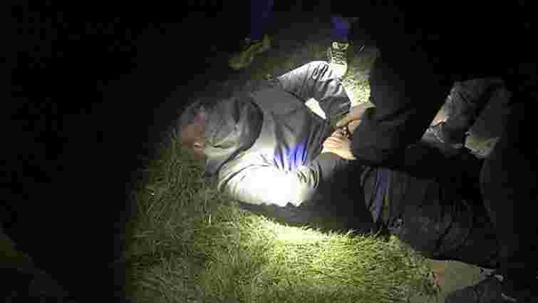 Начальника відділу закарпатського митного посту «Солотвино» затримали на хабарі