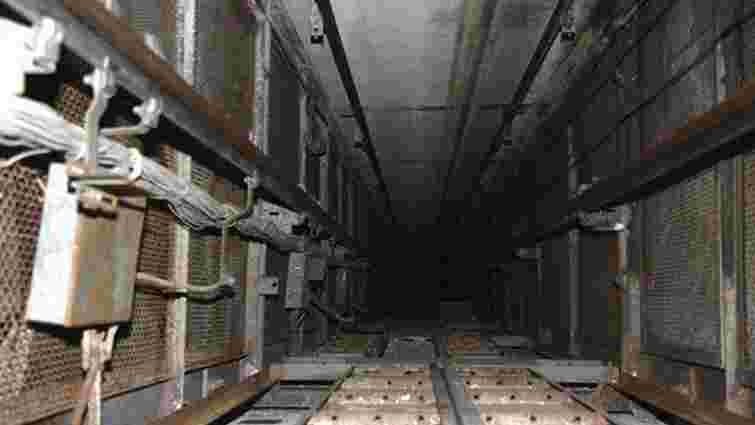 У ліфтову шахту багатоповерхівки на вул. Петлюри впала 25-річна жінка