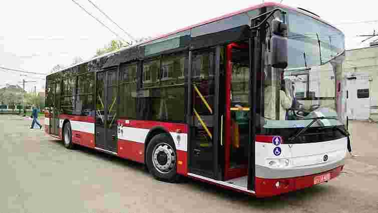 Івано-Франківськ купить у компанії «Богдан» 24 великих автобуси за ₴100 млн