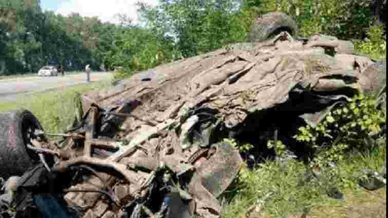 На Сумщині чоловік і вагітна жінка загинули в ДТП, намагаючись втекти від патрульних
