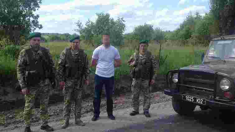 Троє турків намагалися незаконно перетнути кордон у Шегинях