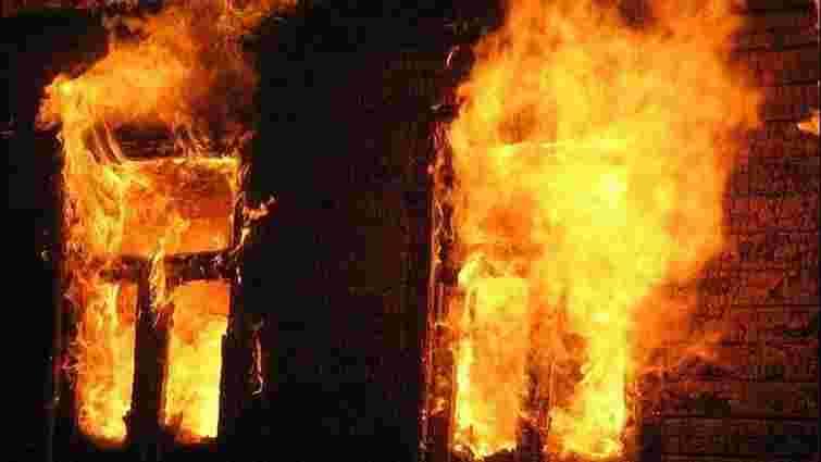 На Старосамбірщині вночі згорів дерев'яний житловий будинок