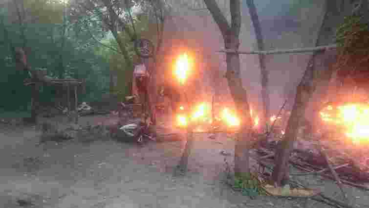 У поліції розповіли подробиці нападу на ромський табір неподалік Тернополя
