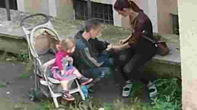 У львів'янки, яку підозрюють у вживанні наркотиків, забрали 2-річну доньку
