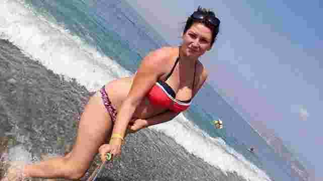 Звільнена за фото в купальнику вихователька з Рівненщини започаткувала флешмоб