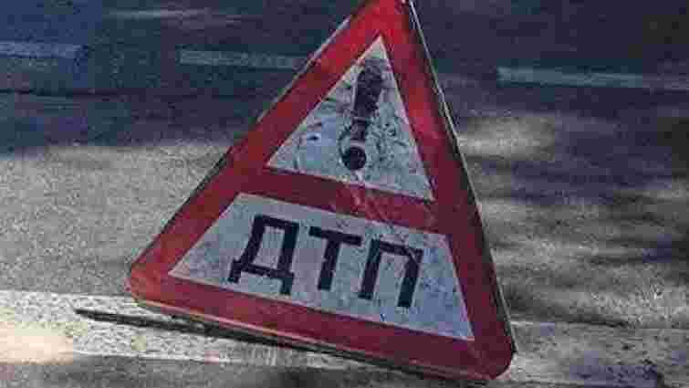 У ДТП на трасі Київ-Чоп постраждали п'ятеро осіб