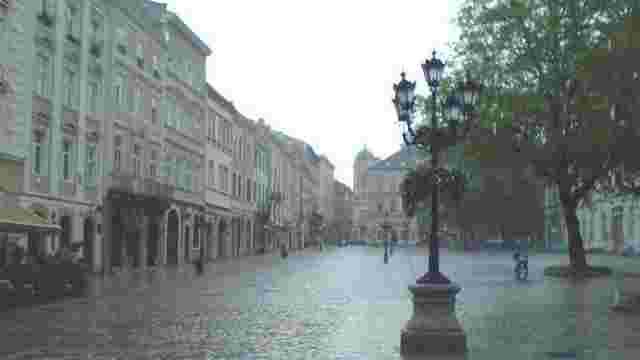 У Львові та області синоптики до кінця тижня прогнозують грози і град