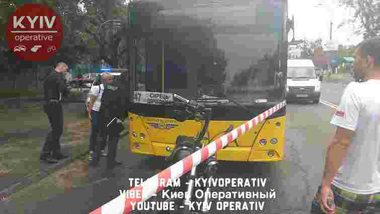 Розлючений байкер розстріляв водія пасажирського автобуса у Києві
