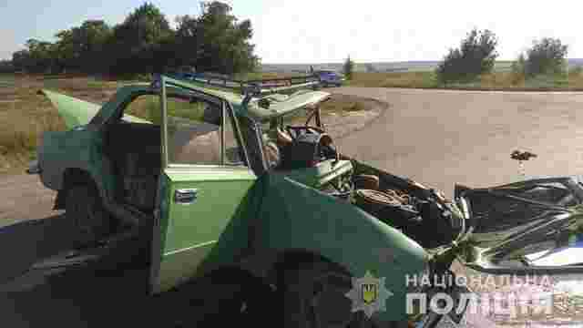 Харківський екс-чиновник на Lexus протаранив ВАЗ: троє літніх людей загинули