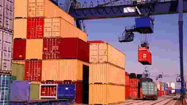 На Одеській митниці виявили сотні контейнерів з контрабандою на $150 млн