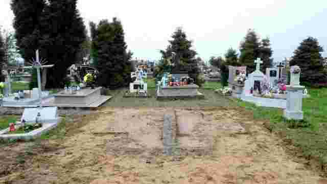 Польща пропонує українцям самим провести розкопки у Грушовичах, – Дещиця