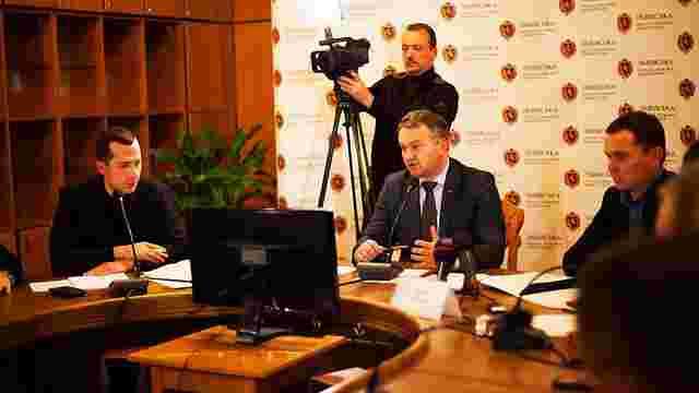 Львівські активісти попросили Синютку про безмитне оформлення євроблях для учасників АТО