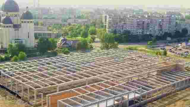 На місці  недобудованого супермаркету «Арсен» у Червонограді зведуть ТЦ «Епіцентр»