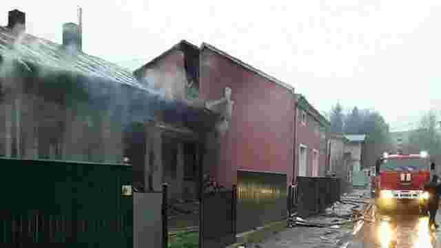 Пожежники врятували трьох людей з палаючого будинку в Дрогобичі