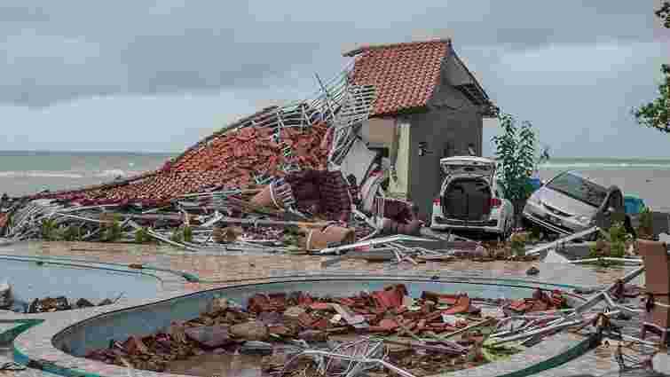 Кількість жертв цунамі в Індонезії зросла до 280 осіб