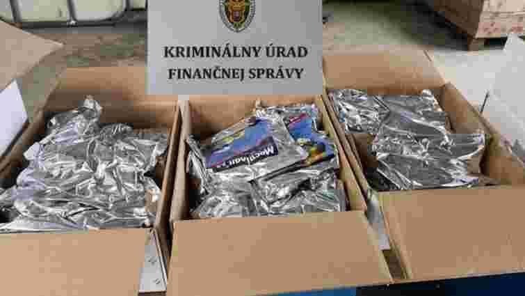 У Словаччині поліція виявила заборонені агрохімікати з українськими етикетками