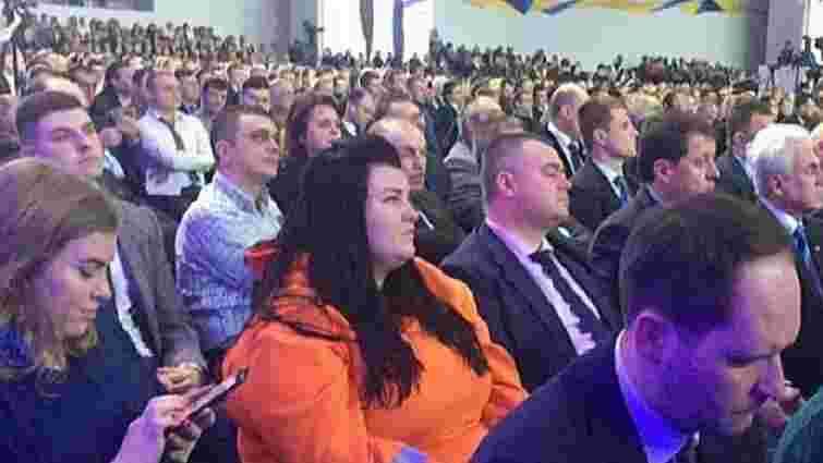 Реперка Alyona Alyona заявила, що її обманом запросили на форум Порошенка