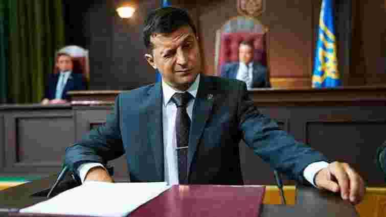 Володимир Зеленський вперше очолив рейтинги президентських перегонів