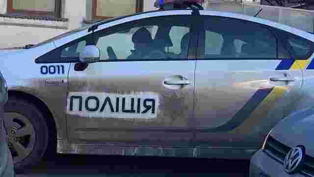 Франківські патрульні поскаржилися, що їх змушують мити службові авто
