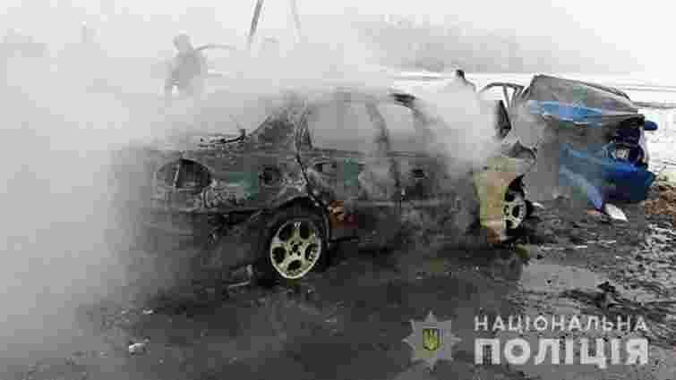 На Донеччині поблизу КПВВ в аварії загинули п'ятеро людей