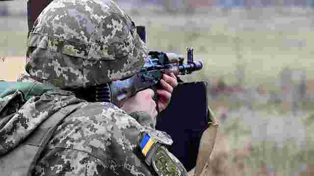 Командирів 56-ї бригади звинуватили у незаконному звільненні хворого на кір вояка