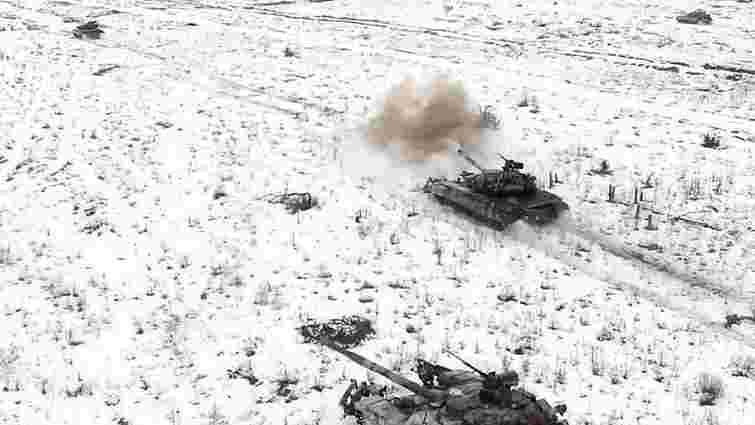 Українські танкові батальйони провели масштабні навчання