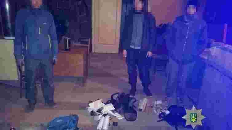 Поліція затримала трьох злодіїв в науково-дослідному інституті у Львові