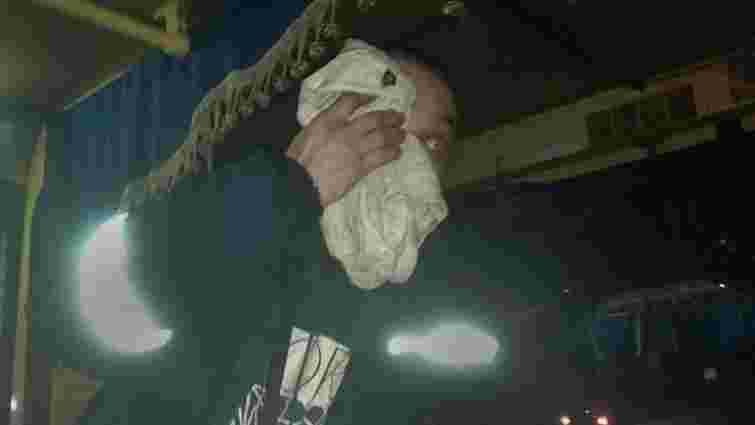 Львів'янин побив водія маршрутки, який відмовився безкоштовно везти його сина