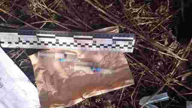 Львівські патрульні затримали двох чоловіків при спробі вживати наркотики