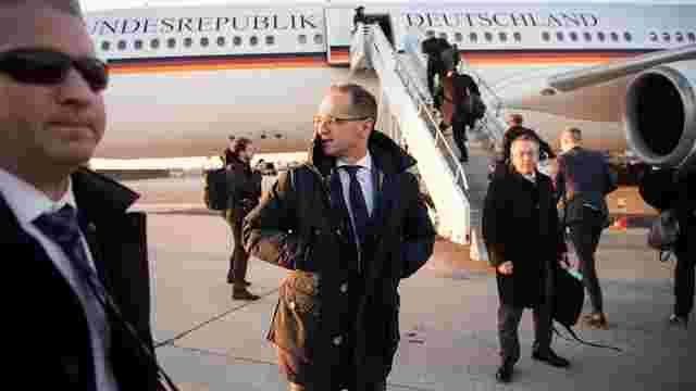Більшість міністрів уряду Німеччини невдовзі літатимуть рейсовими літаками